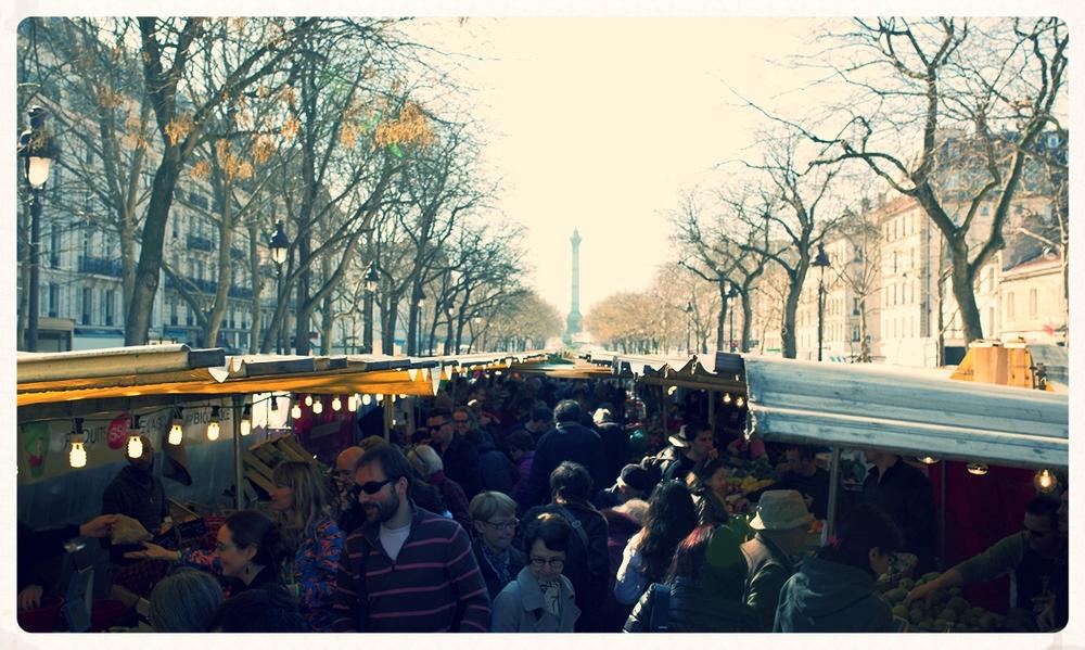 Mags_Frisch_Reisen__France_Paris_Marche_Bastille_2