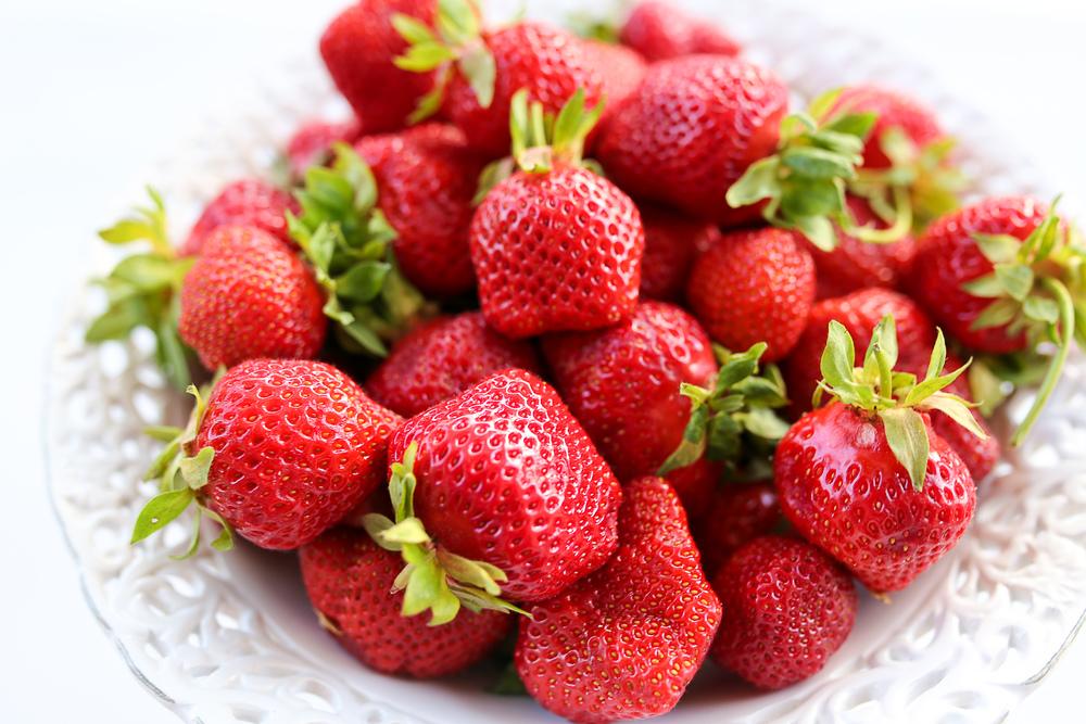 erdbeeren_selber_pfluecken_divers_strawberry (1)