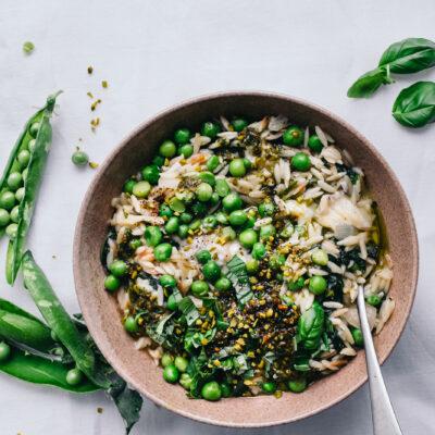 Orzotto mit Erbsen und Spinat