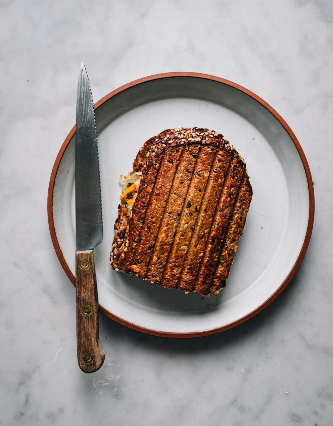 Brokkoli Reuben Sandwich